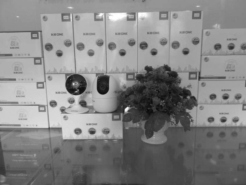 Lắp Camera Wifi KBONE-KN-H21PW BAO CÔNG LẮP ĐẶT